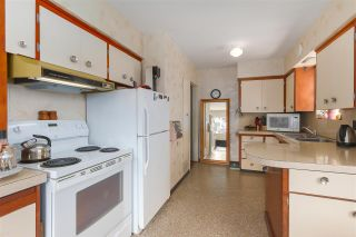 """Photo 9: 2836 E 23RD Avenue in Vancouver: Renfrew Heights House for sale in """"RENFREW HEIGHTS"""" (Vancouver East)  : MLS®# R2375942"""