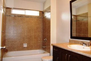 Photo 10: 7752 169A STREET in Surrey: Home for sale : MLS®# R2070946