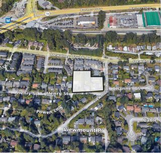 Photo 2: 3360 - 3362 HENRY Street in Port Moody: Port Moody Centre Duplex for sale : MLS®# R2610811