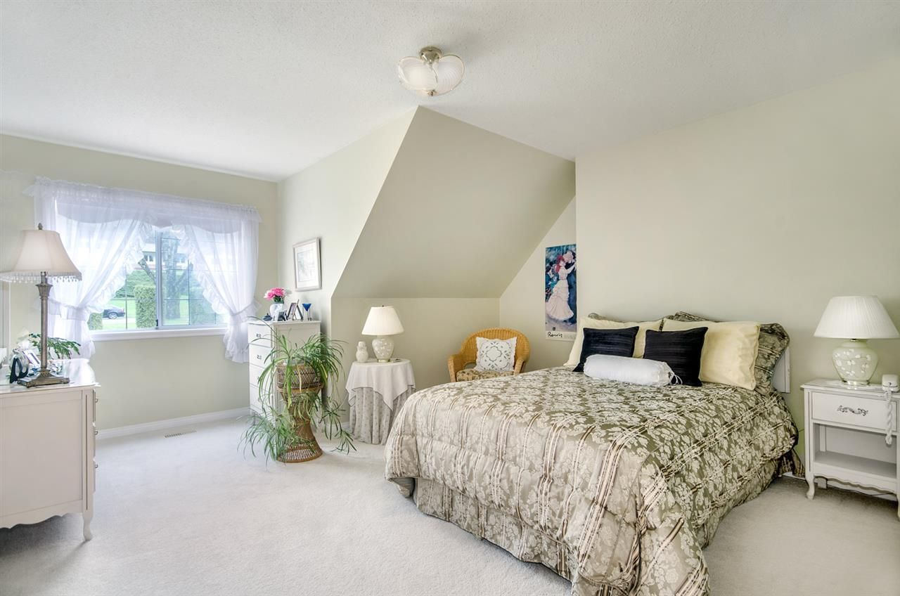 Photo 16: Photos: 16953 31 AVENUE in Surrey: Grandview Surrey House for sale (South Surrey White Rock)  : MLS®# R2157307