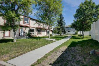Photo 1: 246 Deerpoint Lane SE in Calgary: Deer Ridge Row/Townhouse for sale : MLS®# A1142956