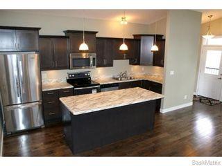 Photo 1: 1158 LINDSAY Street in Regina: Eastview Single Family Dwelling for sale (Regina Area 03)  : MLS®# 574052