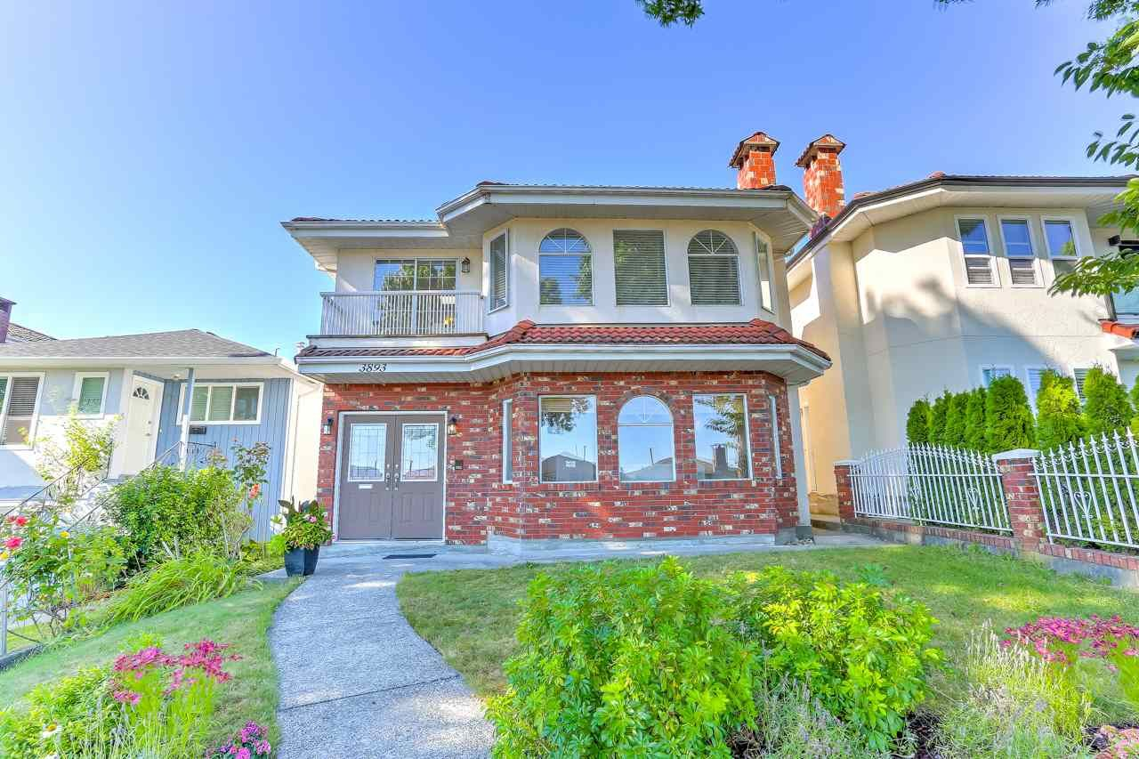 Main Photo: 3893 PARKER Street in Burnaby: Willingdon Heights House for sale (Burnaby North)  : MLS®# R2488066