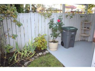 """Photo 16: 6950 TYNE Street in Vancouver: Killarney VE 1/2 Duplex for sale in """"CHAMPLAIN HEIGHTS"""" (Vancouver East)  : MLS®# V1044815"""
