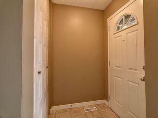 Photo 2: 5317 39 Avenue in Edmonton: Zone 29 House Half Duplex for sale : MLS®# E4254636