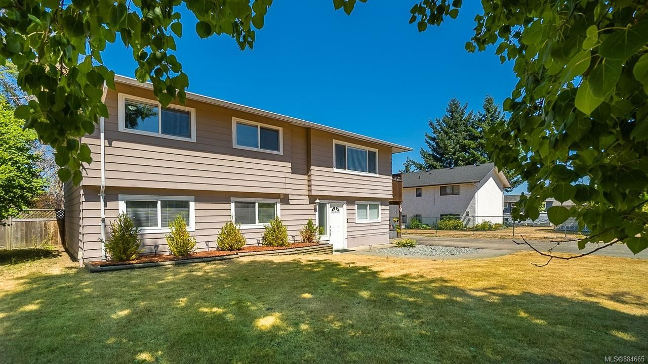 Main Photo: 383 Bass Ave in Parksville: PQ Parksville House for sale (Parksville/Qualicum)  : MLS®# 884665