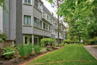 """Photo 26: 404 9880 MANCHESTER Drive in Burnaby: Cariboo Condo for sale in """"BROOKSIDE COURT"""" (Burnaby North)  : MLS®# R2587085"""