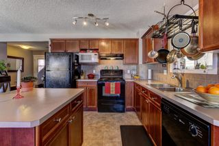 Photo 4: 115 COVEPARK Drive NE in Calgary: Country Hills Detached for sale : MLS®# A1071708