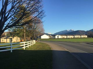 """Photo 5: 115 45520 KNIGHT Road in Chilliwack: Sardis West Vedder Rd Condo for sale in """"MORNING SIDE"""" (Sardis)  : MLS®# R2539300"""