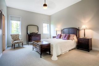 Photo 11: 59 Northport Bay in Winnipeg: Royalwood Single Family Detached for sale (2J)  : MLS®# 202011321