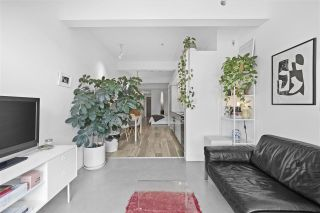 "Photo 4: 402 53 W HASTINGS Street in Vancouver: Downtown VW Condo for sale in ""Paris Block"" (Vancouver West)  : MLS®# R2554831"