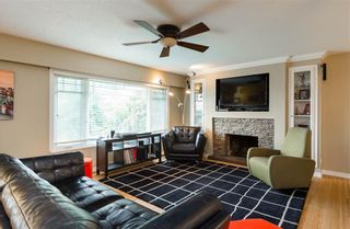Photo 3: 1617 Stella Place in Port Coquitlam: Mary Hill House for sale : MLS®# R2132262