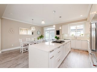 """Photo 10: 209 16488 64 Avenue in Surrey: Cloverdale BC Townhouse for sale in """"Harvest"""" (Cloverdale)  : MLS®# R2376091"""