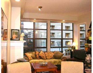 "Photo 3: 402 2226 W 12TH Avenue in Vancouver: Kitsilano Condo for sale in ""DESEO"" (Vancouver West)  : MLS®# V686187"