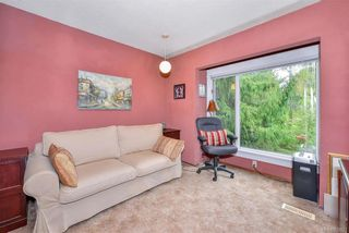 Photo 9: 385 IVOR Rd in Saanich: SW Prospect Lake House for sale (Saanich West)  : MLS®# 833827