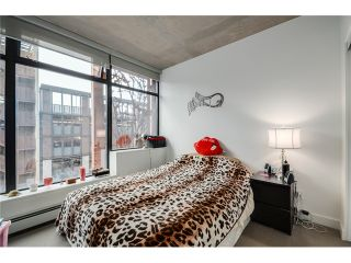 "Photo 13: 702 128 W CORDOVA Street in Vancouver: Downtown VW Condo for sale in ""Woodwards"" (Vancouver West)  : MLS®# V1066426"