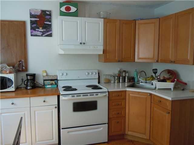 Photo 17: Photos: 3604 NAPIER Street in Vancouver: Renfrew VE House for sale (Vancouver East)  : MLS®# V1121247