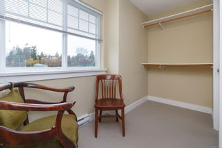 Photo 8: 1 921 Colville Rd in : Es Old Esquimalt House for sale (Esquimalt)  : MLS®# 860211
