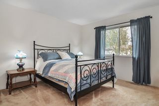Photo 9: 26625 28A Avenue in Langley: Aldergrove Langley House for sale : MLS®# R2500058