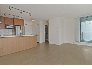 """Photo 7: 2109 4189 HALIFAX Street in Burnaby: Brentwood Park Condo for sale in """"AVIARA"""" (Burnaby North)  : MLS®# V1136442"""