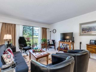 """Photo 5: 208 1045 HOWIE Avenue in Coquitlam: Central Coquitlam Condo for sale in """"Villa Borghese"""" : MLS®# R2591355"""