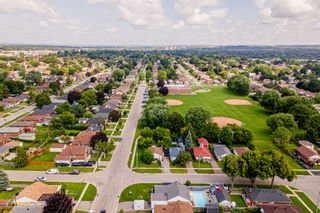 Photo 32: 269 S Central Park Boulevard in Oshawa: Donevan Freehold for sale