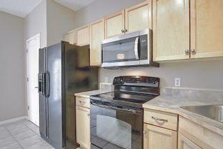 Photo 9: 25 8403 164 Avenue in Edmonton: Zone 28 Townhouse for sale : MLS®# E4253838