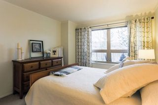 """Photo 15: 306 15210 GUILDFORD Drive in Surrey: Guildford Condo for sale in """"The Boulevard Club"""" (North Surrey)  : MLS®# R2229571"""