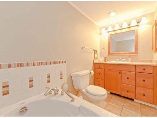 """Photo 14: 305 15025 VICTORIA Avenue: White Rock Condo for sale in """"Victoria Terrace"""" (South Surrey White Rock)  : MLS®# F1412030"""