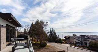 Photo 16: 13115 MARINE Drive in Surrey: Crescent Bch Ocean Pk. House for sale (South Surrey White Rock)  : MLS®# R2559875