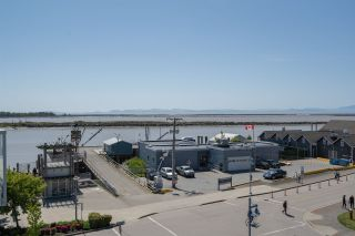 """Photo 25: 408 4111 BAYVIEW Street in Richmond: Steveston South Condo for sale in """"THE VILLAGE"""" : MLS®# R2455137"""