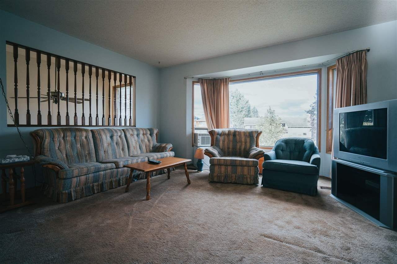 Photo 18: Photos: 3655 FIFE Place in Abbotsford: Central Abbotsford House for sale : MLS®# R2479390