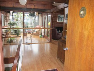 Photo 3: 5926 EARLES Street in Vancouver: Killarney VE House for sale (Vancouver East)  : MLS®# V996158