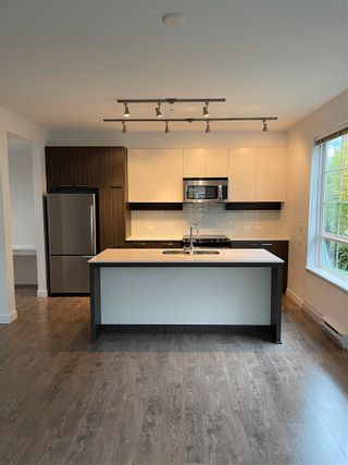 Photo 4: 306 608 COMO LAKE Avenue in Coquitlam: Coquitlam West Condo for sale : MLS®# R2574688