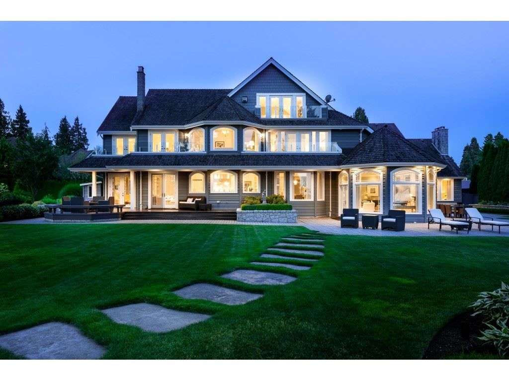 Main Photo: 2122 INDIAN FORT Drive in Surrey: Crescent Bch Ocean Pk. House for sale (South Surrey White Rock)  : MLS®# R2395007