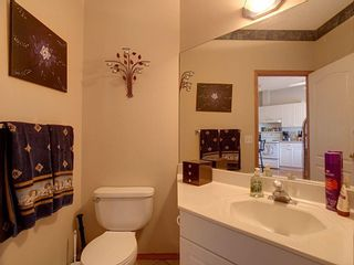 Photo 8: 40 Hamptons Link NW in Calgary: Hamptons Row/Townhouse for sale : MLS®# A1074833