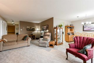 "Photo 7: 1708 615 BELMONT Street in New Westminster: Uptown NW Condo for sale in ""Belmont Towers"" : MLS®# R2560244"