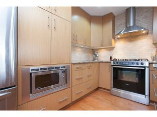 """Photo 10: 208 16421 64 Avenue in Surrey: Cloverdale BC Condo for sale in """"St. Andrews at Northview"""" (Cloverdale)  : MLS®# R2041452"""