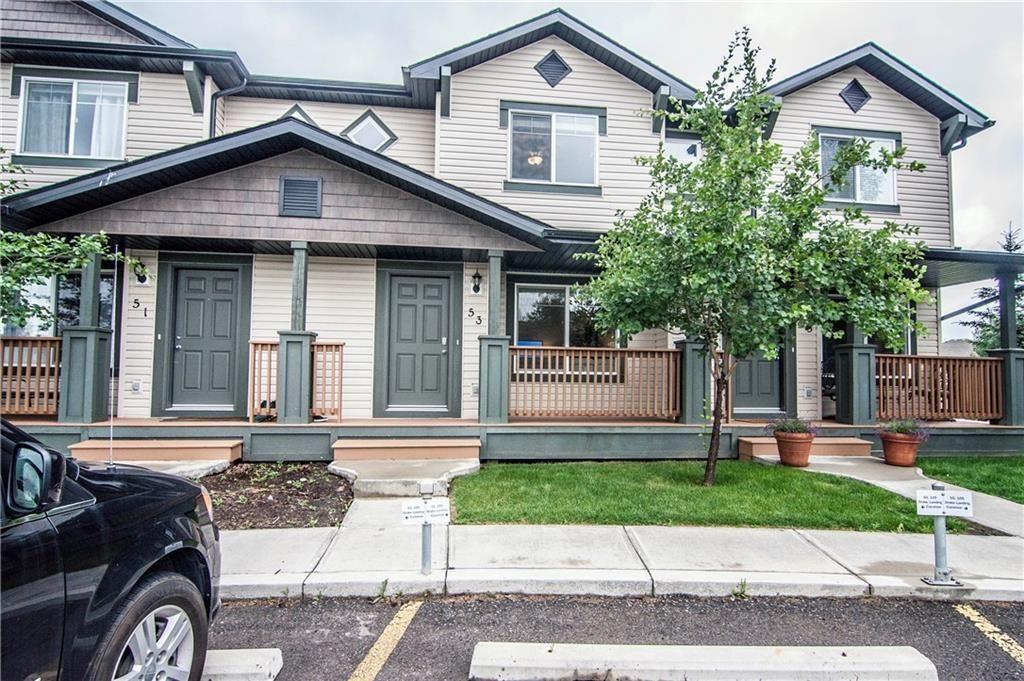Main Photo: 53 105 DRAKE LANDING Common: Okotoks Row/Townhouse for sale : MLS®# C4257237