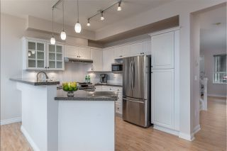 """Photo 13: 513 1485 PARKWAY Boulevard in Coquitlam: Westwood Plateau Townhouse for sale in """"SILVER OAK"""" : MLS®# R2545061"""