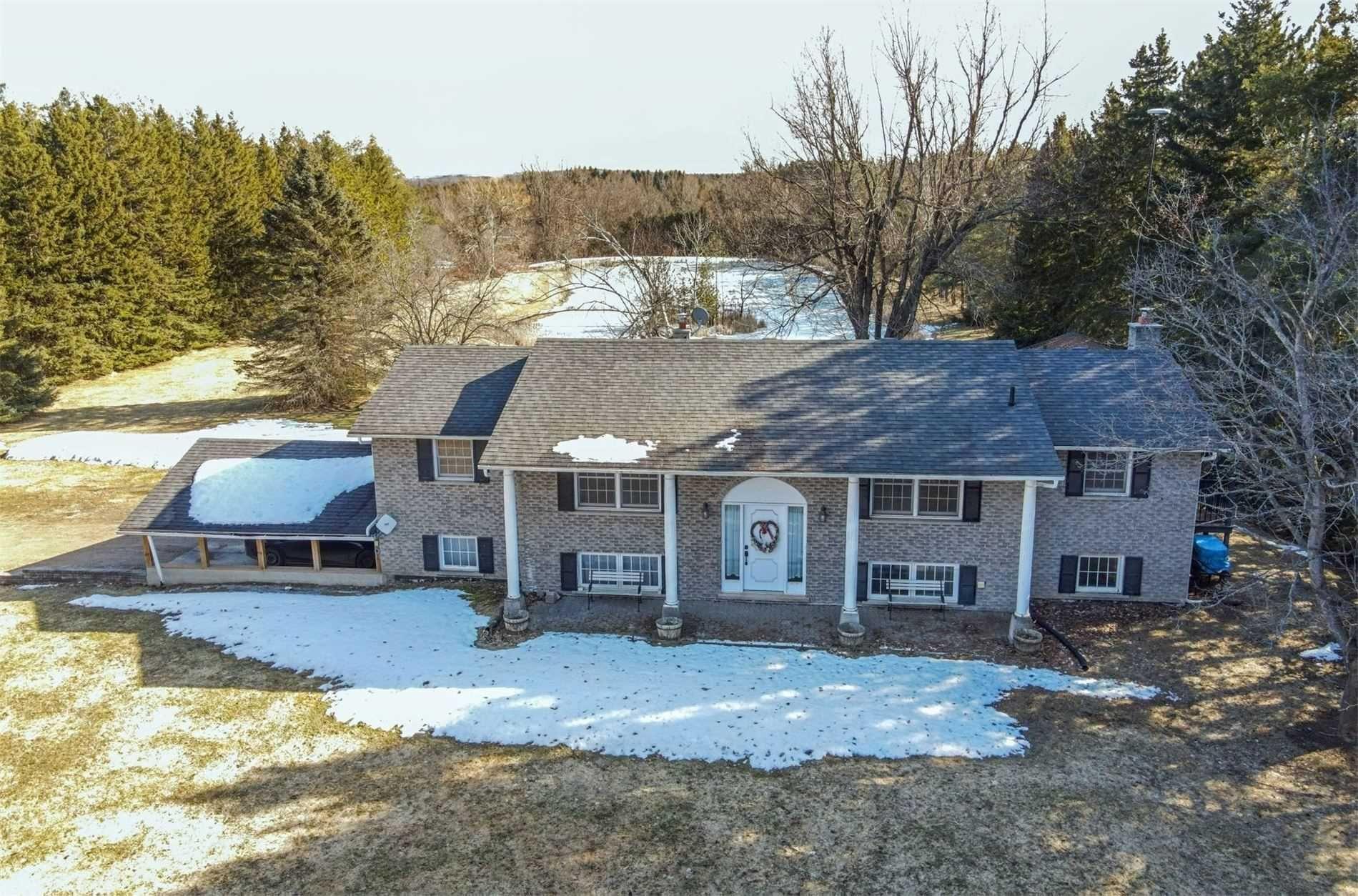 Main Photo: 347018 Mono Centre Road in Mono: Rural Mono House (Bungalow-Raised) for sale : MLS®# X5163107