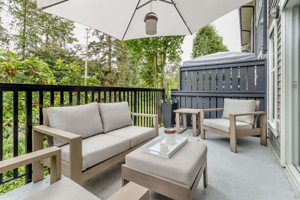 Photo 18: Photos: 122 3010 RIVERBEND Drive in Coquitlam: Coquitlam East Townhouse for sale : MLS®# R2386563