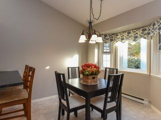 Photo 4: 3 2030 Robb Ave in COMOX: CV Comox (Town of) Row/Townhouse for sale (Comox Valley)  : MLS®# 831085