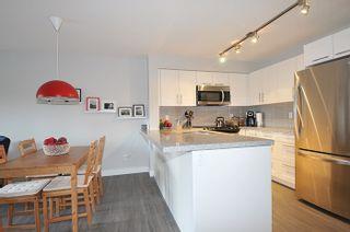 "Photo 6: 305 12075 EDGE Street in Maple Ridge: East Central Condo for sale in ""EDGE ON EDGE"" : MLS®# R2144452"