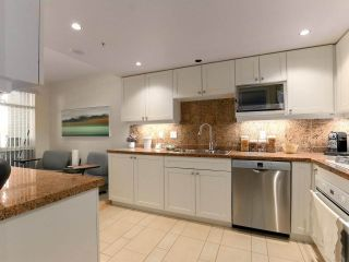 """Photo 10: 203 618 W 45TH Avenue in Vancouver: Oakridge VW Townhouse for sale in """"THE CONSERVATORY"""" (Vancouver West)  : MLS®# R2537685"""