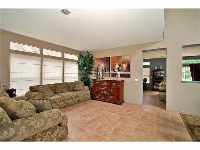 Photo 3: Photos: EAST ESCONDIDO House for sale : 5 bedrooms : 2329 FALLBROOK PLACE in ESCONDIDO