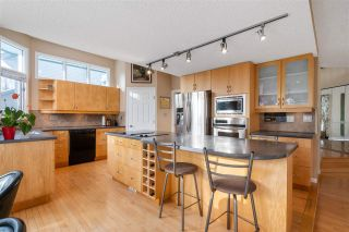 Main Photo: 630 BUTCHART Wynd in Edmonton: Zone 14 House for sale : MLS®# E4227986