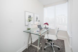 """Photo 15: 910 111 E 1ST Avenue in Vancouver: Mount Pleasant VE Condo for sale in """"Block 100"""" (Vancouver East)  : MLS®# R2125894"""