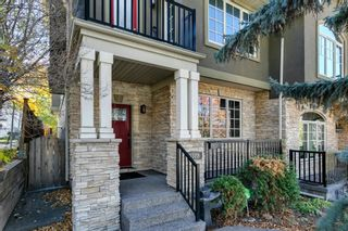 Photo 2: 922 35A Street NW in Calgary: Parkdale Semi Detached for sale : MLS®# A1145374