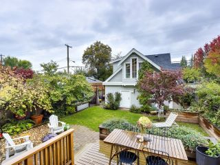 Photo 16: 805 W 26TH Avenue in Vancouver: Cambie House for sale (Vancouver West)  : MLS®# R2622994